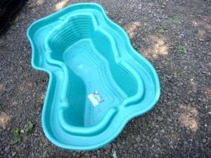 Пруды садовые, пластиковый пруд