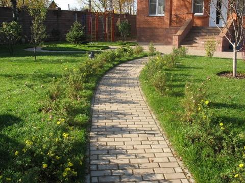 Садовая дорожка как сделать своими руками