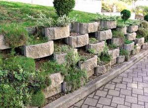 Каменная подпорная стенка
