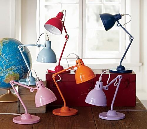 Как выбрать настольную лампу ребенку